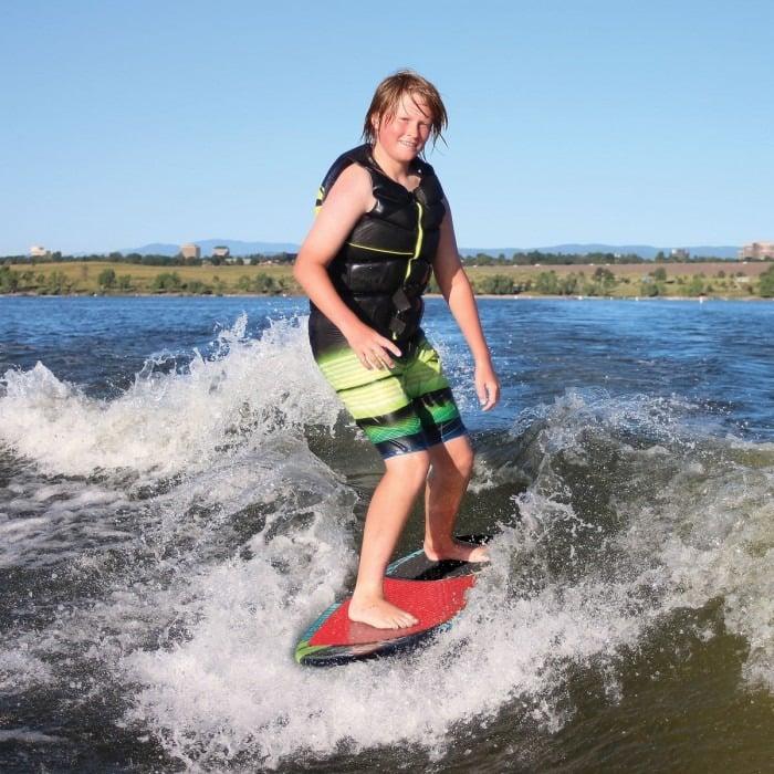 Wakesurf and Wakeskate lessons