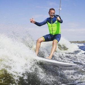 wakesurf lessons
